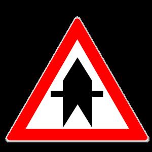 """Das Verkehrsschild """"Vorfahrt"""" gewährt einmaligen Vorrang an einer Kreuzung oder Einmündung."""