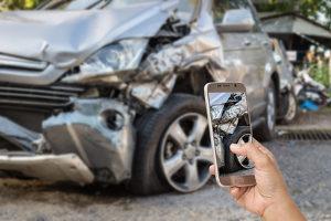 Die Teilkasko zahlt in der Regel nicht, wenn Sie einen Unfall selbstverschuldet haben.