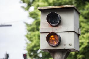 Geblitzt zu werden, kann für einen Verkehrsteilnehmer hohe Kosten verursachen
