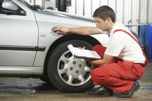 Nur ein sachverständiger Gutachter kann Ihren Auto-Restwert ermitteln.